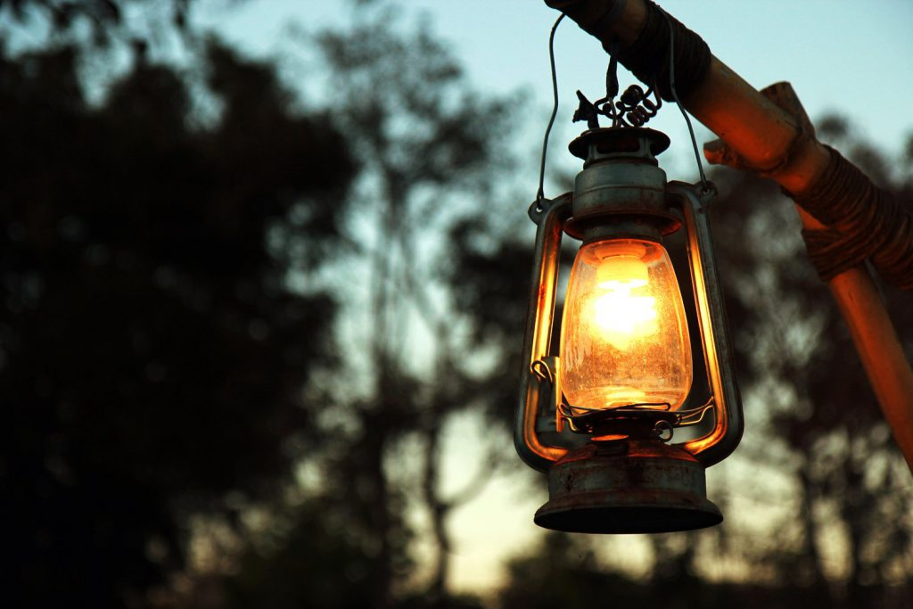 kerosene-lamp-bestoutdooritemscom