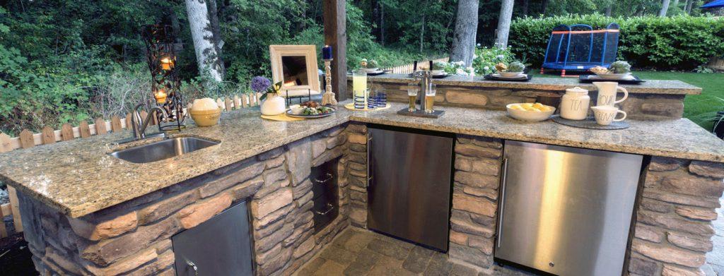best outdoor kitchen sink